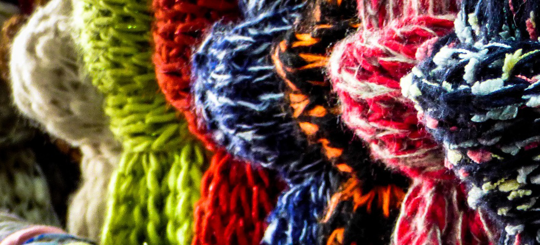 scarf-1829174_1920