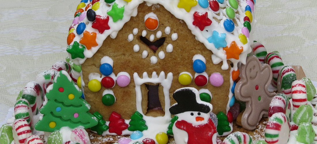 gingerbread-house-562294_1280
